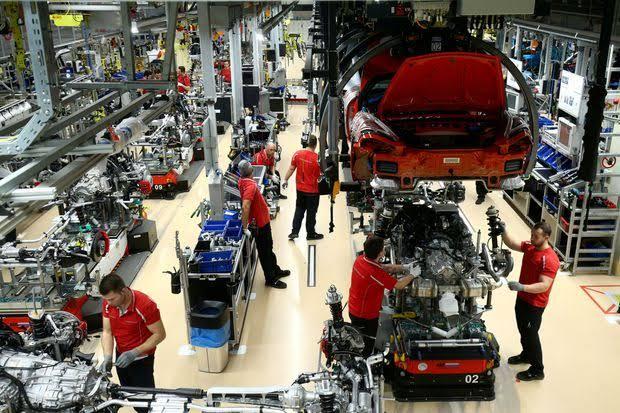 Das verarbeitende Gewerbe in Deutschland befindet sich weiterhin in einer Rezession