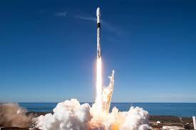 SpaceX Test-Fires Rocket für den nächsten Start von 60 Starlink-Satelliten