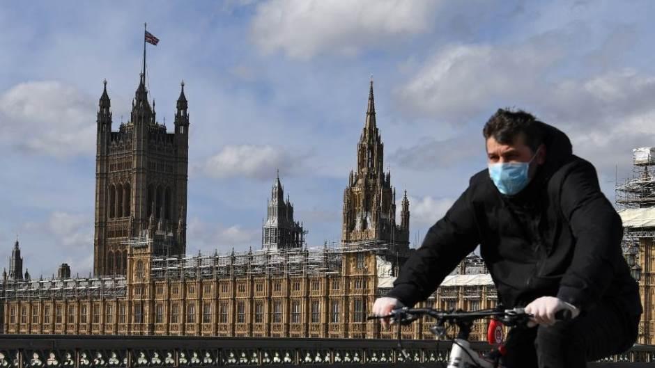 Großbritannien stürzt in die tiefste Rezession aller großen Volkswirtschaften