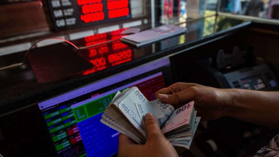 """Die Türkei nutzt """"alle verfügbaren"""" Werkzeuge als Währungseinbruch"""