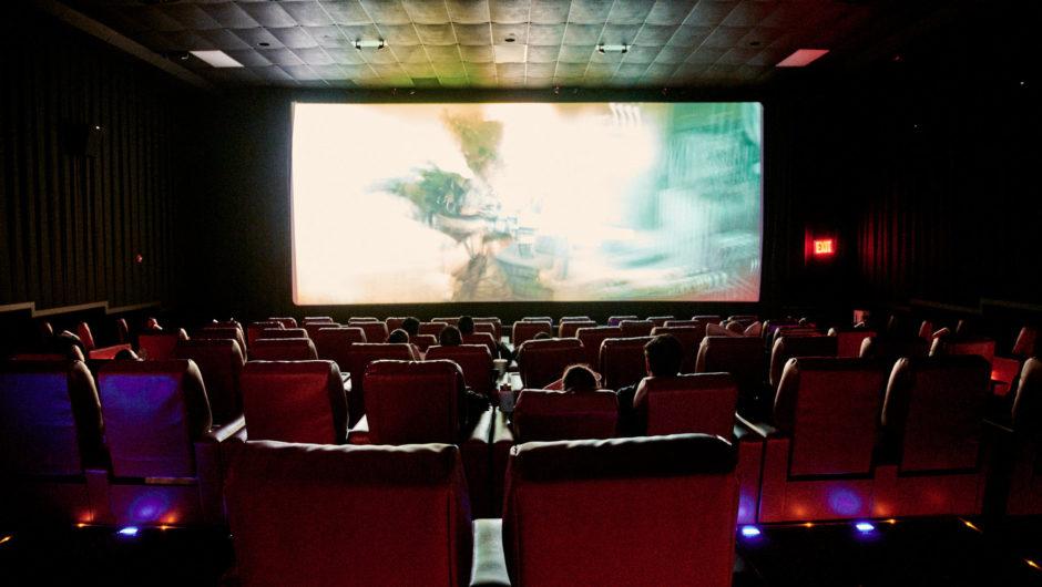 Nur … Bitte gehen Sie nicht ins Kino, wenn die Theater wieder geöffnet werden, ok?