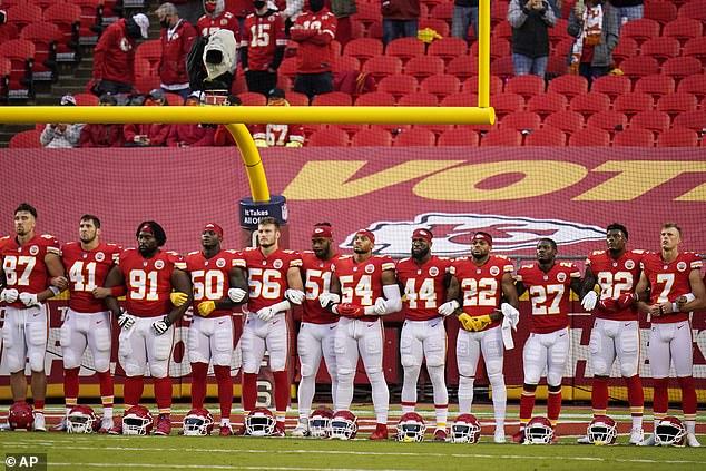 Die Einschaltquoten für den NFL-Saisonauftakt zwischen den Chiefs und den Texanern sinken um 13 Prozent und ziehen 19,3 Millionen Zuschauer an