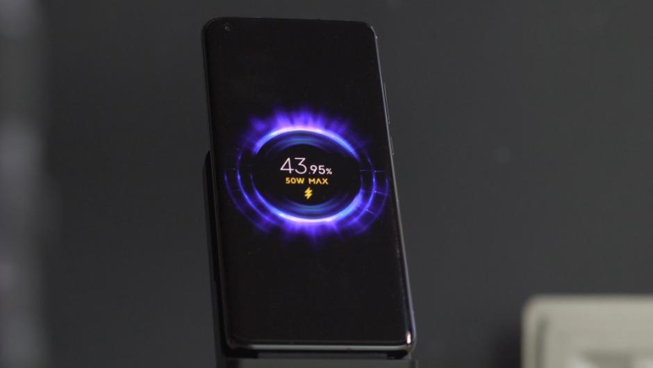 Das neue kabellose 80-W-Laden von Xiaomi füllt einen 4.000-mAh-Akku in weniger als 20 Minuten auf
