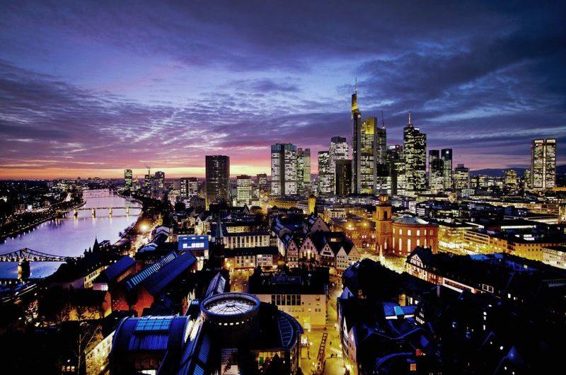 Robuste Exporte helfen Deutschland, dem wirtschaftlichen Rückgang im vierten Quartal auszuweichen