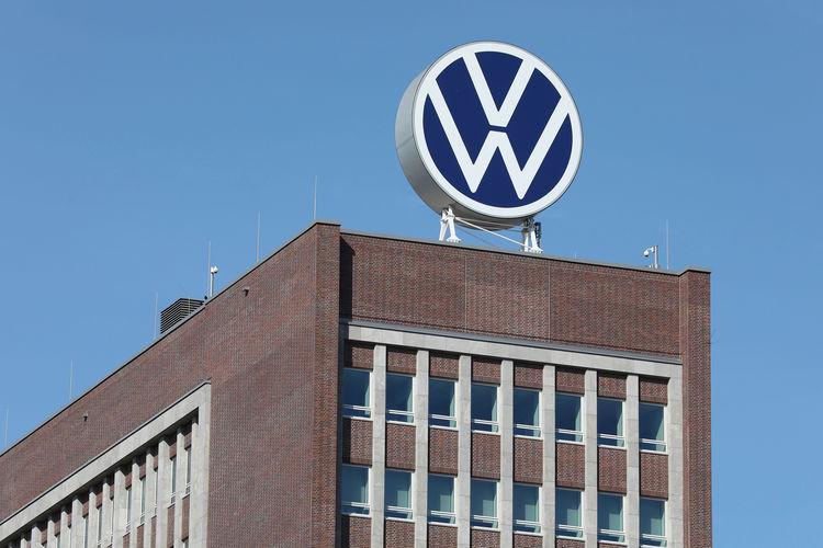 VW wird die deutsche Produktion im Februar aufgrund von Mikrochip-Engpässen reduzieren