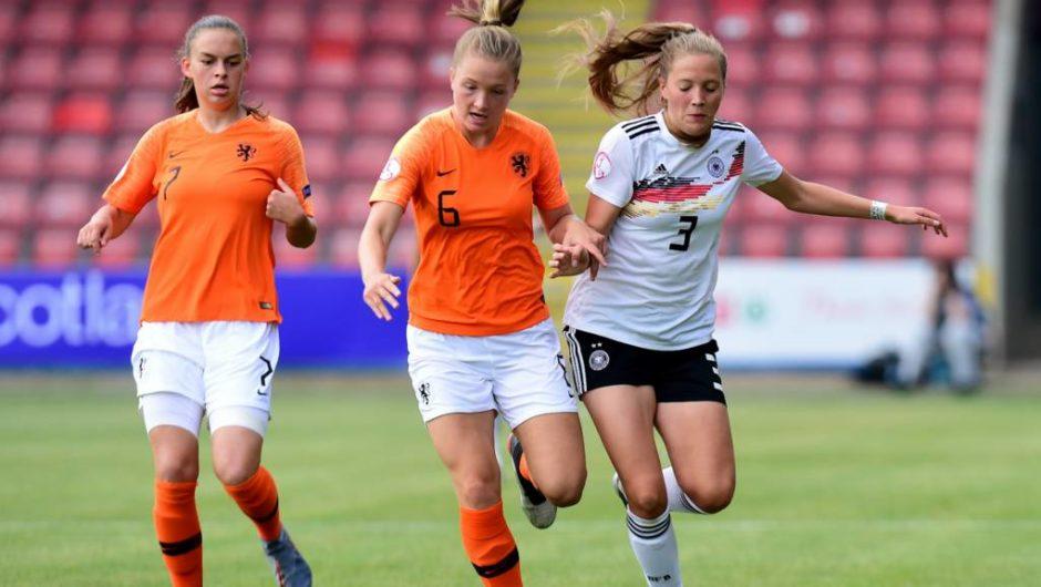 Deutschland verliert gegen die Niederlande, da sich Fehler als kostspielig erweisen