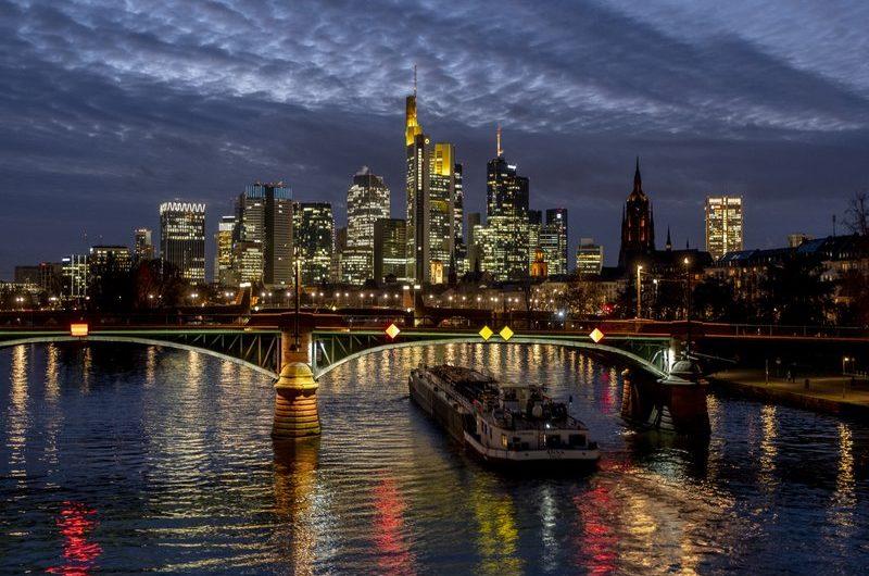 Die deutsche Wirtschaft wuchs im vierten Quartal um 0,3%, besser als gedacht