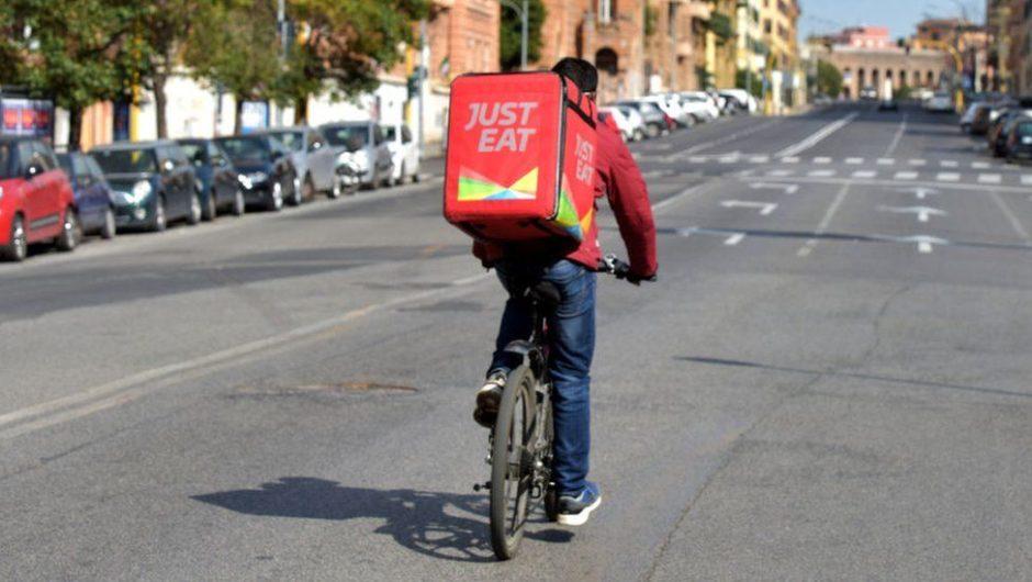 Just Eat Takeaway startet die Lieferung von Lebensmitteln in Deutschland